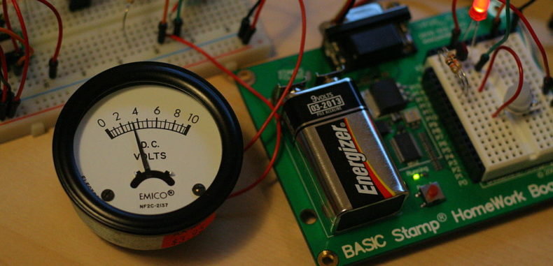 Technician: Connecting a Voltmeter